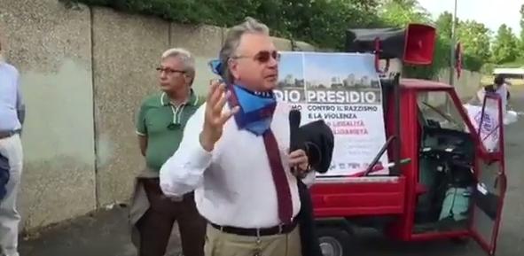 Tor Bella Monaca, Alberto Civica al presidio contro il razzismo e la violenza