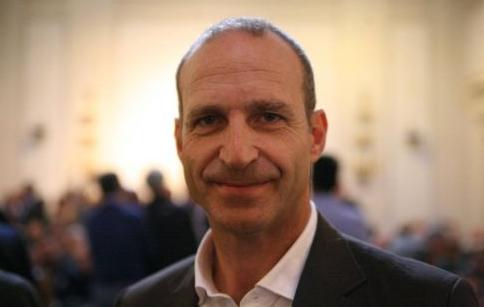 Congratulazioni al neo assessore regionale Claudio Di Berardino