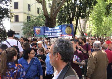 Gli scatti delle commemorazioni del 25 Aprile a Roma