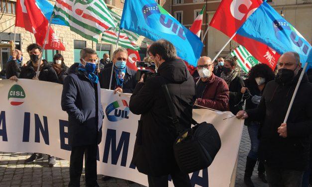 #DemocraziaInBirmania. Al presidio di Piazza San Silvestro